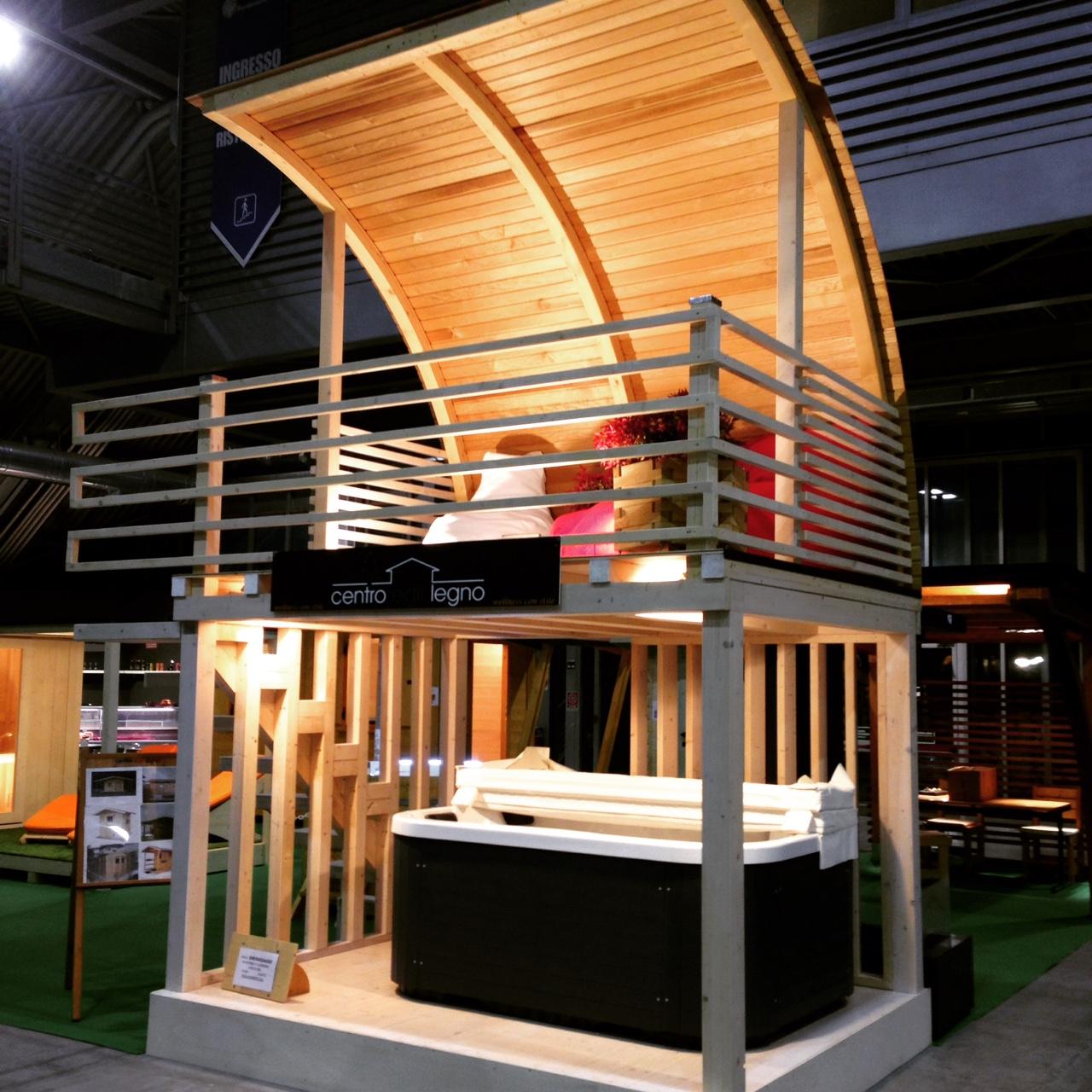Tenda moderna per porta panoramica for Gazebo legno arredamento