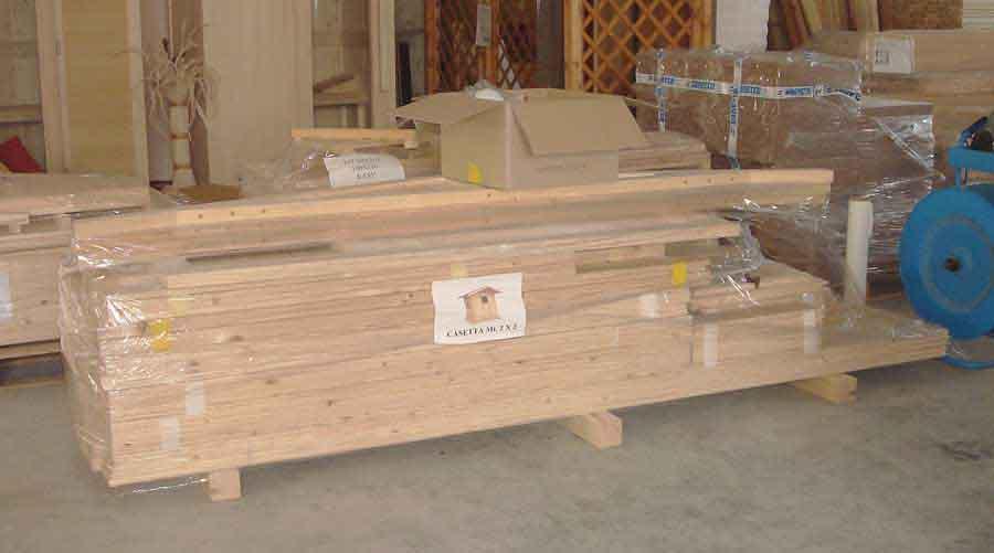 Casette in legno casette da giardino for Case di tronchi economici da costruire