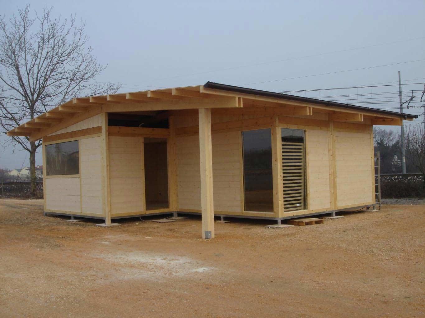 Tende x soggiorno for Casa in legno prefabbricata