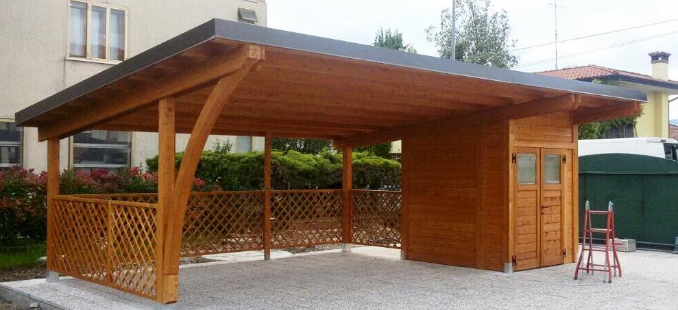 Modelli box auto in legno for Casetta con avvolgente portico