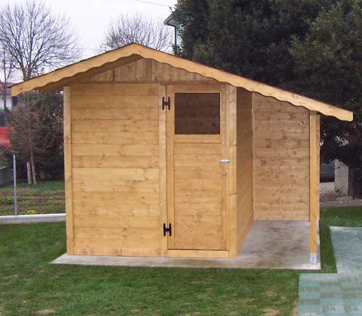 Casetta da giardino in legno 2x2,5 con tettoia laterale