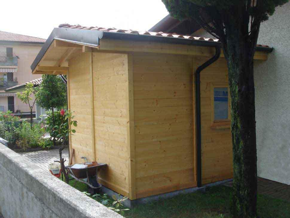 Bungalow in legno case abitabili in legno edil legno for Personalizzate case con telaio