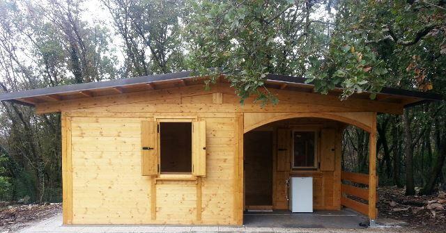 bungalows in legno isolato con doppia parete mt 5x7 con veranda cod