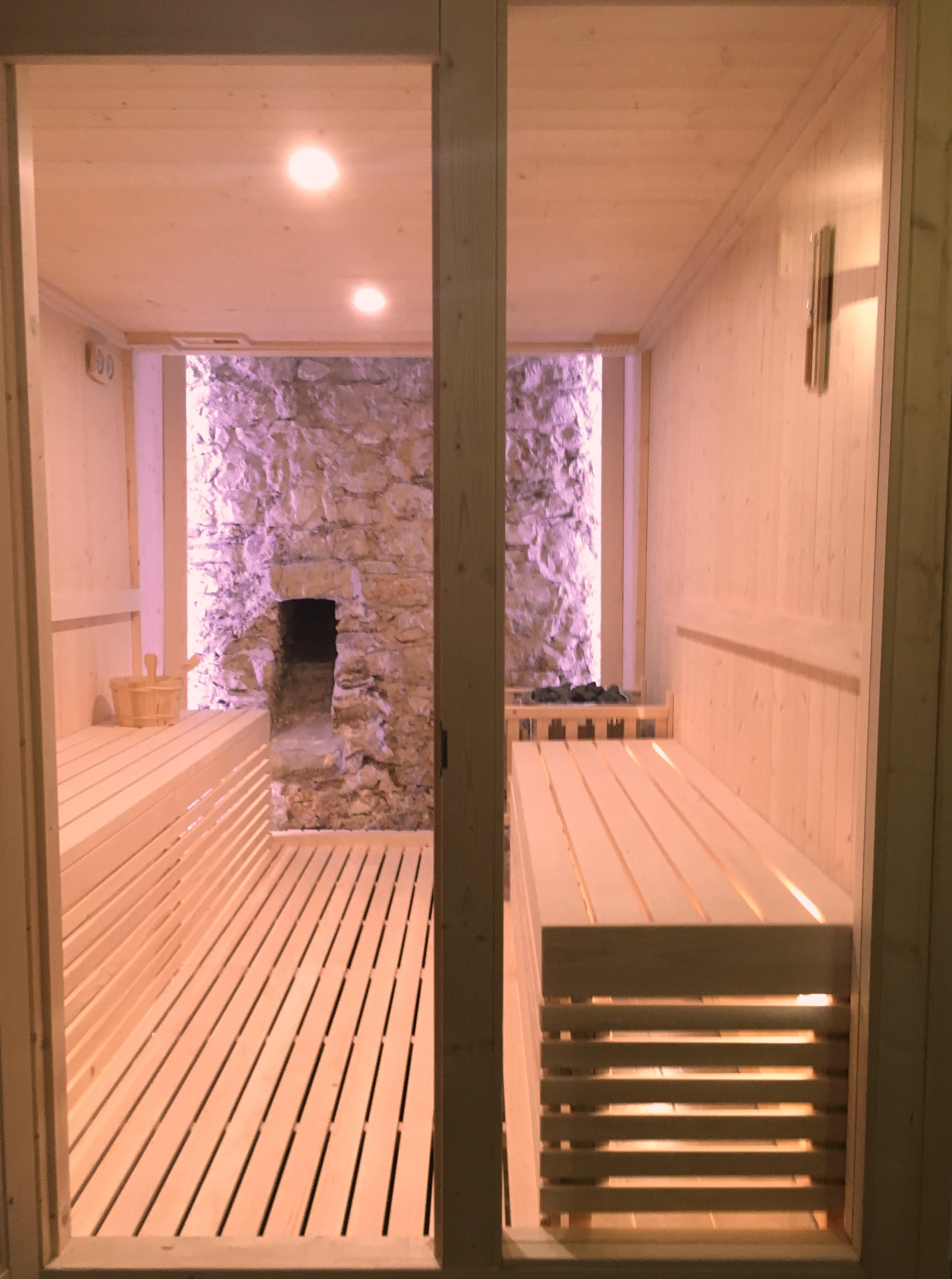 modelli sauna finlandese e sauna con bagno turco hammam in kit di montaggio. Black Bedroom Furniture Sets. Home Design Ideas