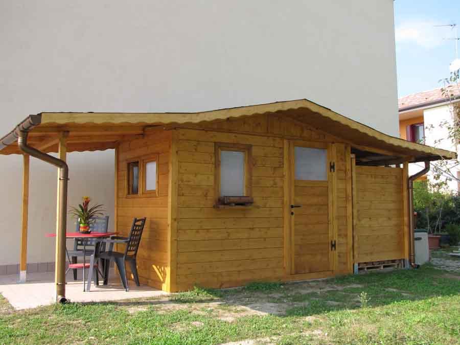Edil legno costruzioni in legno for Semplici 2 piani di garage per auto